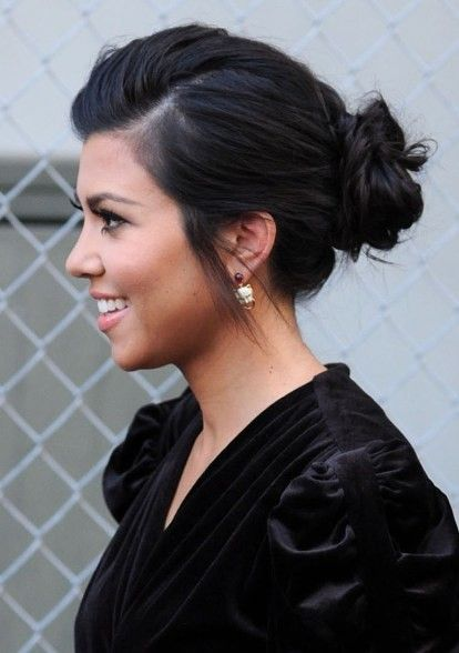 cute little updo.. simple and chic