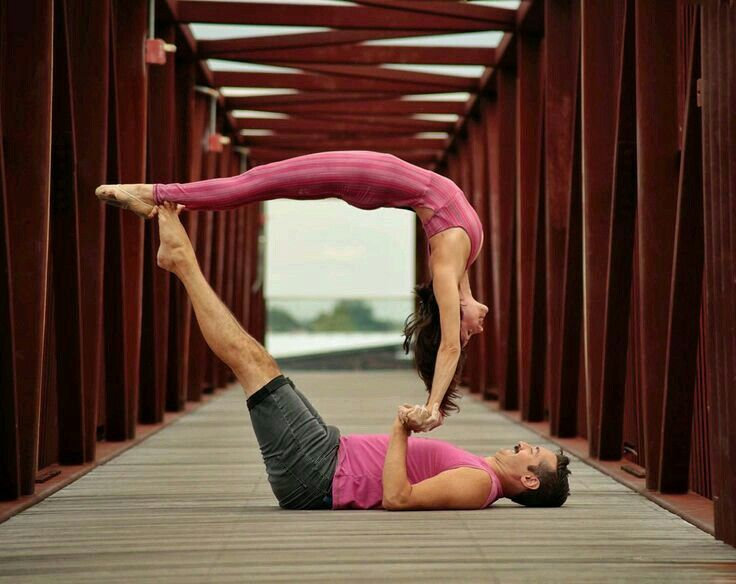 Pin By Humberto Ferreira Neto On Acro Yoga Couples Yoga Yoga Poses Advanced Couples Yoga Poses