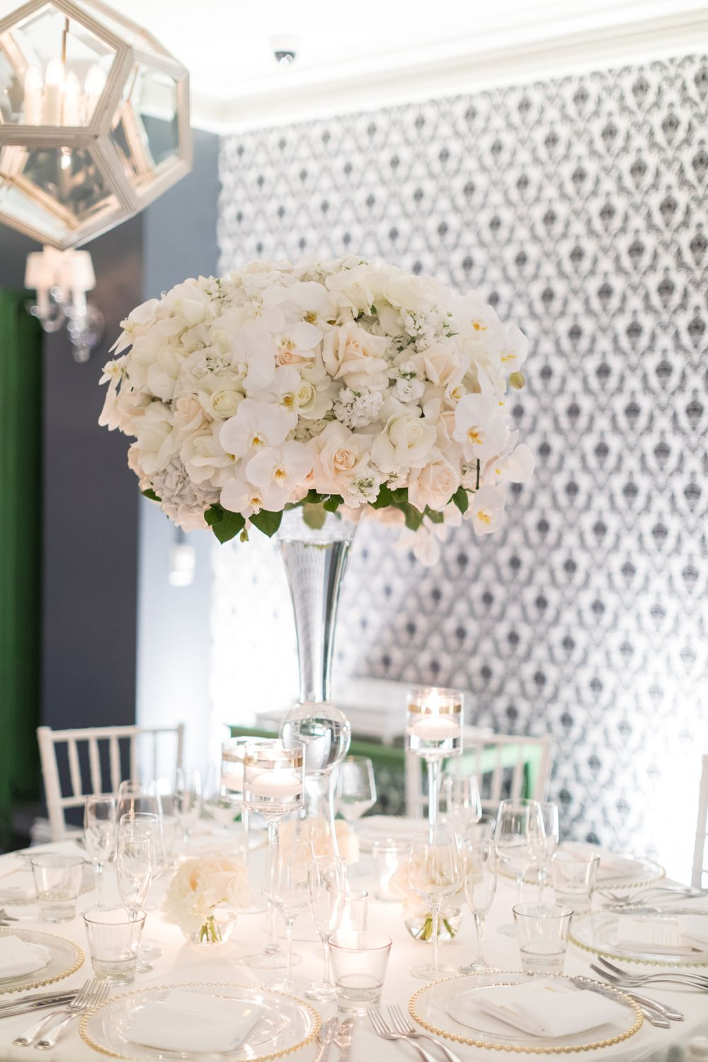 Classic Wedding Colors with Modern Elements in Santa Monica ...