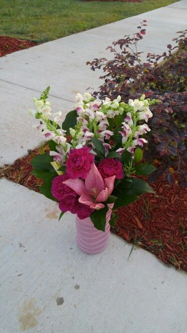 Snap dragons, carnations, and lily