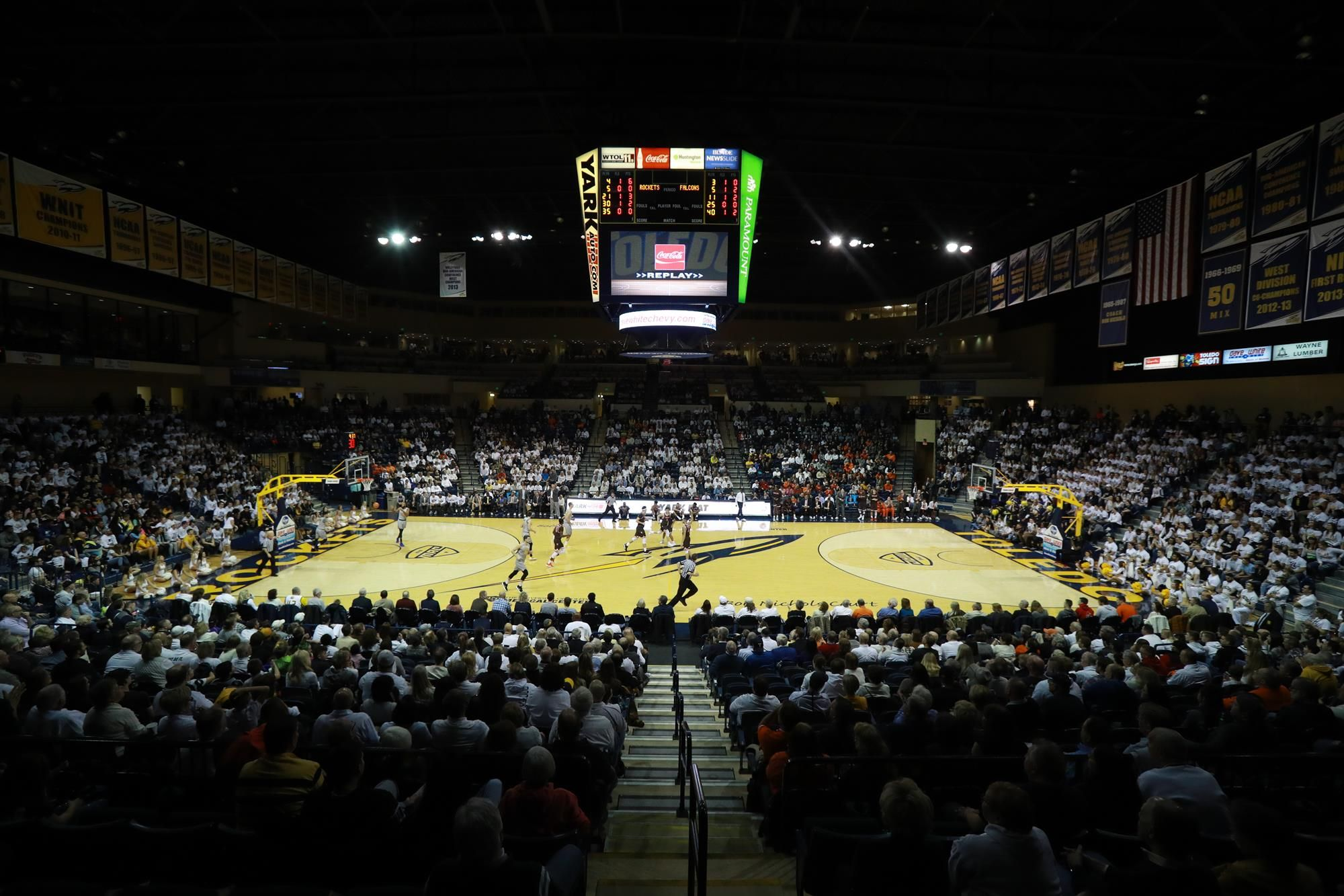 Free Basketball for Fans with Exhibitions Free