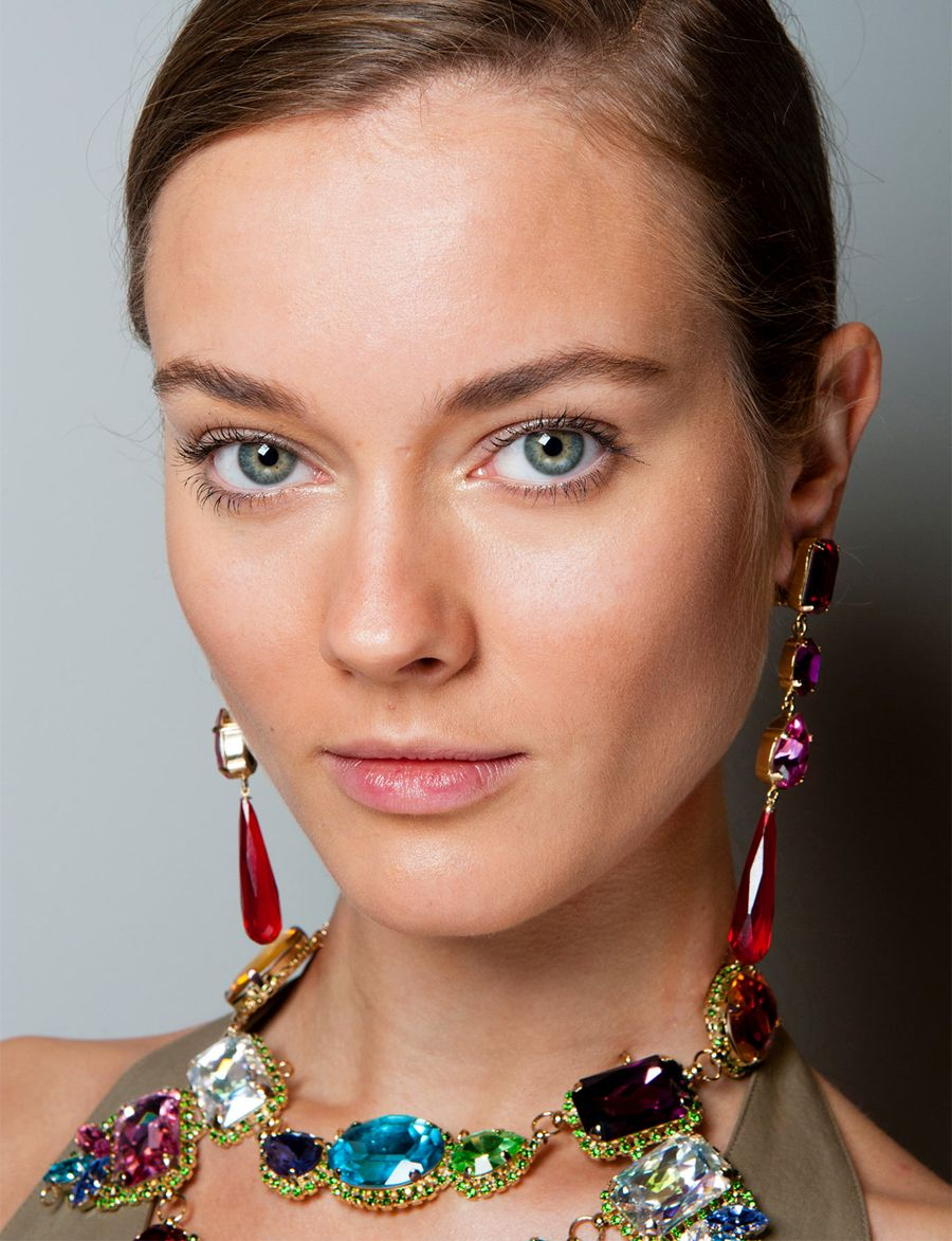 Makeup style for SS 2015: Sun-kissed tanned complexion at Ralph Lauren Spring Summer 2015.