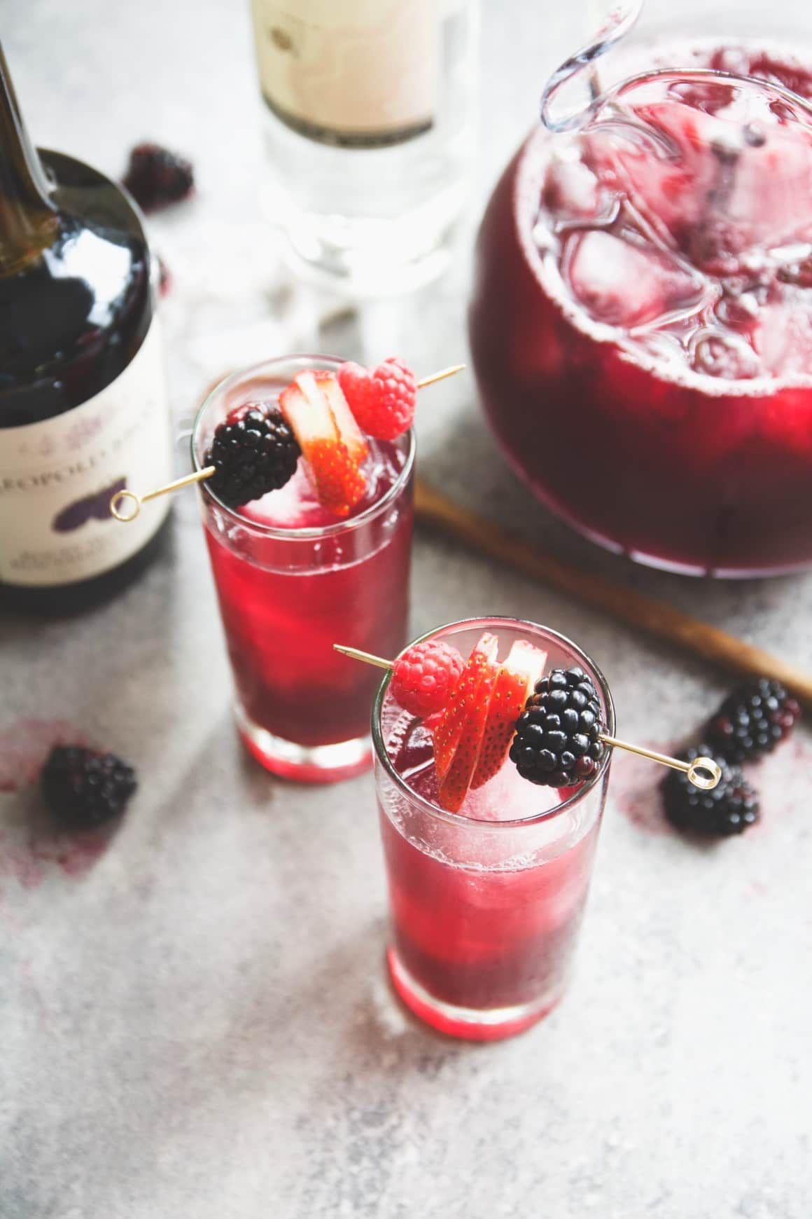 Red Wine Blackberry Ginger Pitcher Cocktail Recipe With Images Ginger Cocktails Pitcher Cocktails Batch Cocktails