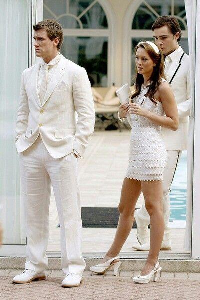 Gossip Girl! I absolutely love Blair's dress