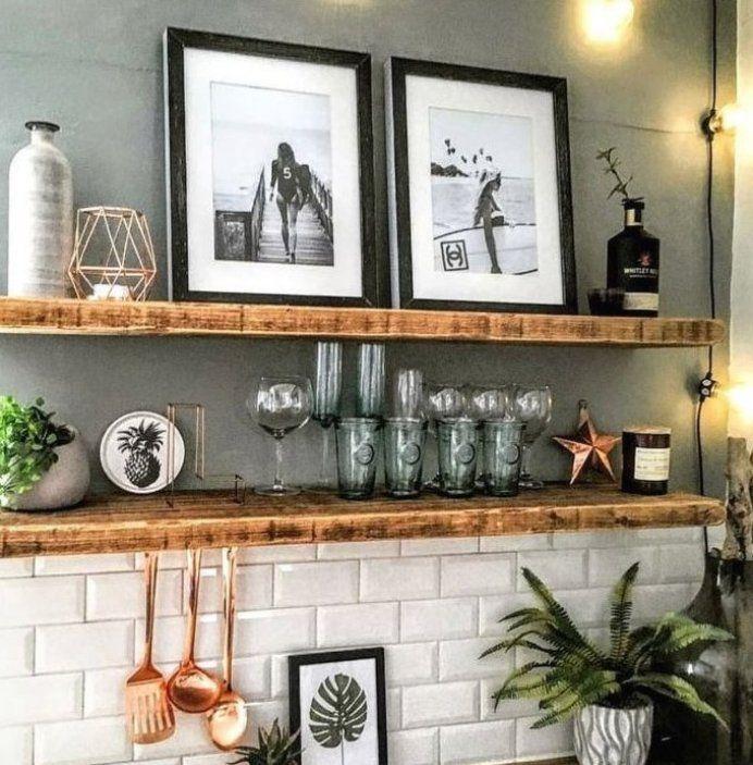 K che Ideen Einrichtung Landhaus mit Holz Deko ...