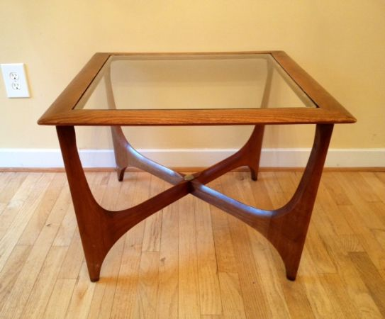 Mid Century Modern Lane Glass Top Side Table With Sculpted Boomerang Legs.  This Beautiful Lane Side Table Is Made Of Solid Walnut With A Glass T.