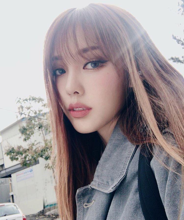 Pin By Floraime Pantaleta On Colors On Skin Makeup Korean Makeup