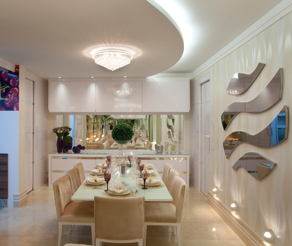 Salas De Jantar Brancas E Off Whites Veja Modelos Lindos E Dicas  -> Sala De Jantar Pequena Com Mesa De Marmore