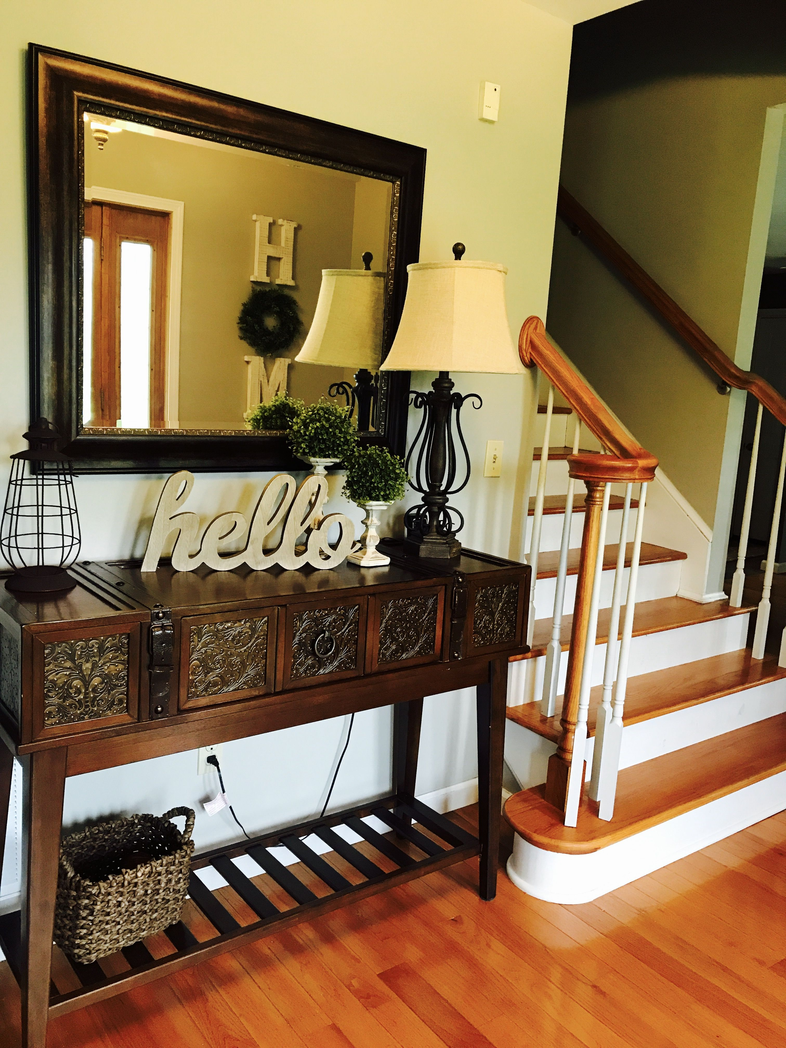 Farmhouse Addition Home Design Ideas Pictures Remodel And Decor: How To Decorate Your Foyer Farmhouse Style. Farmhouse Style Decorating Ideas. Home Decor. Hobby