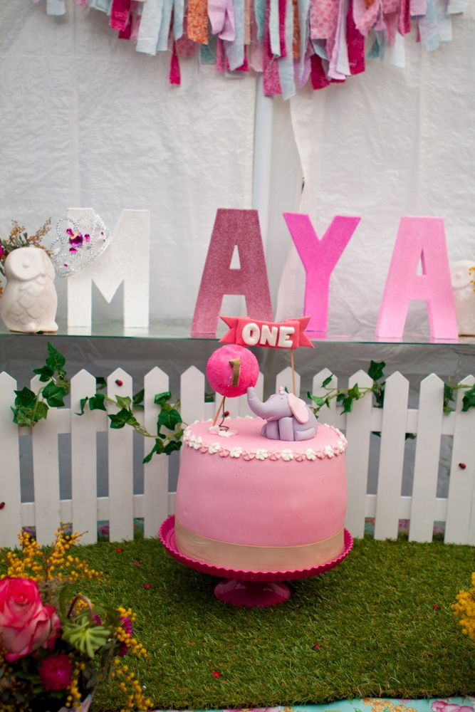 elephant with balloon first birthday cake - Garden party table ...