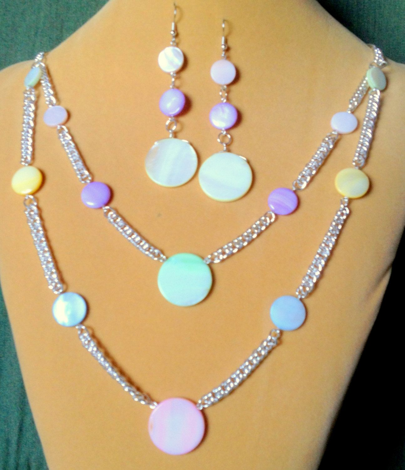 Silver Chunky double cable chain and Pastel Mother of Pearl, Pastel ...