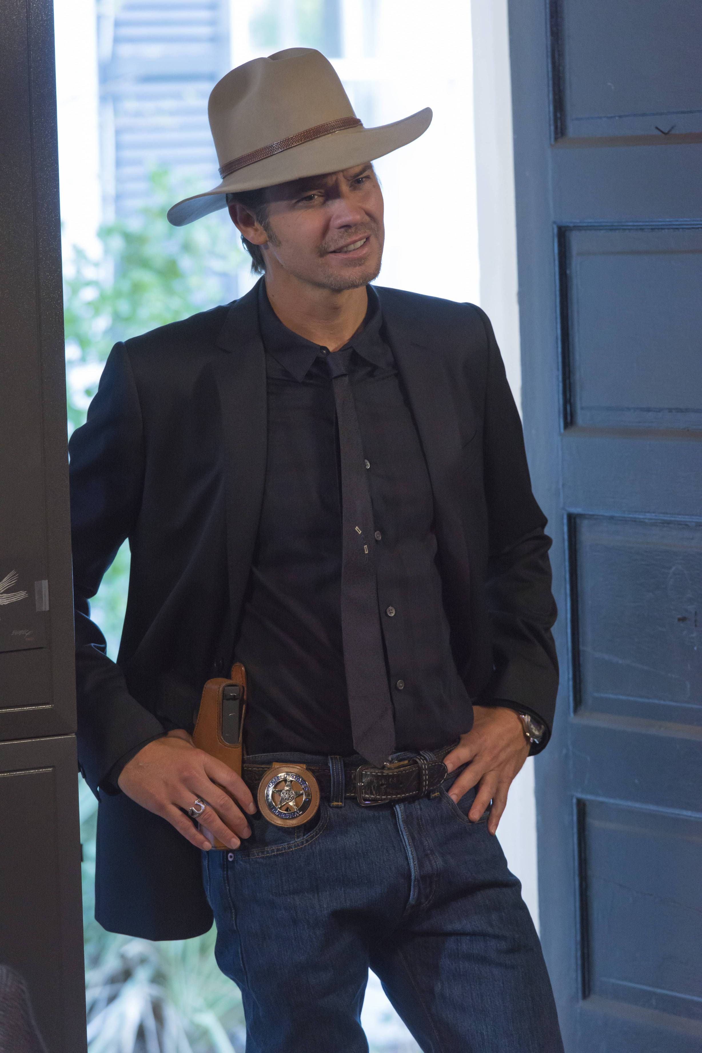 0cc98807661d6 Timothy Olyphant as Deputy U.S. Marshal Raylan Givens