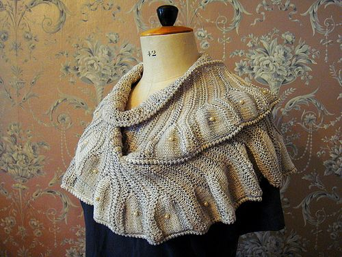 pattern is the Coquille shawl from Knitty