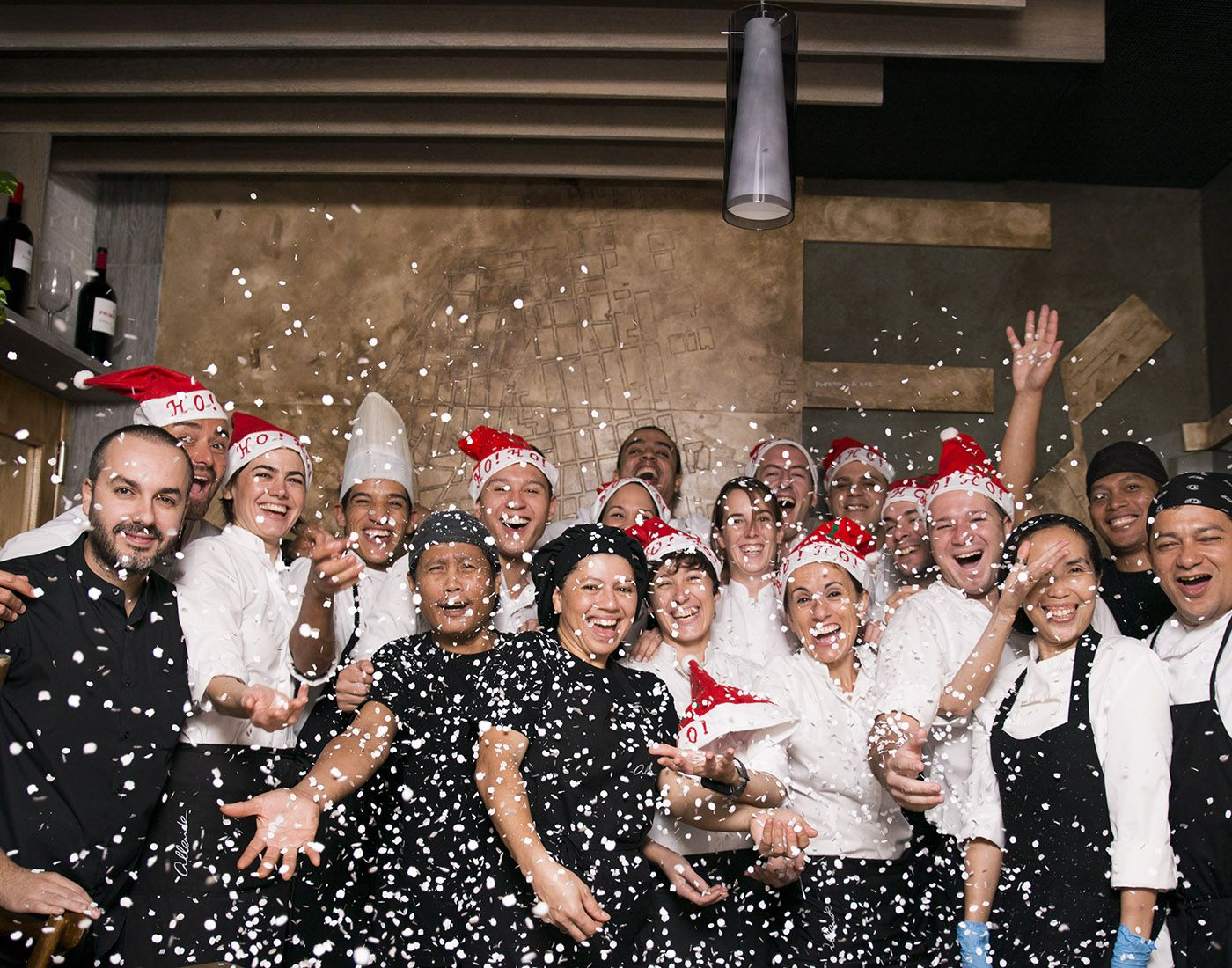 ¡Feliz Navidad de todo el equipo de Allende Muelle!