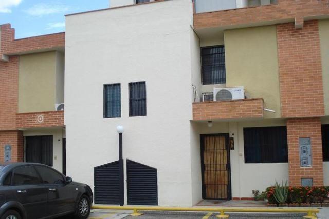 Townhouse En Venta En El Guayabal Mls 14 7061 Casas En Venta