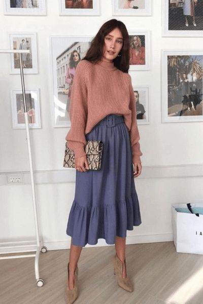 38 Spring Outfits That Aren't Just Floral Dresses,  #Arent #Dresses #Floral #LongSkirt #outfi... #springskirtsoutfits
