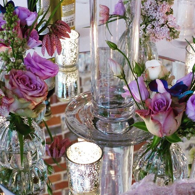 Superior Stunning Table Centre Pieces On Round Mirrors Using Glass Vases With  Flowers In Shades Of Mauve And Purple By @spriggsflorist And Mercury Silver  Tea Light ...