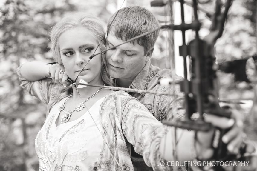 Archery | Engagement Session » Joice Ruffing Photography