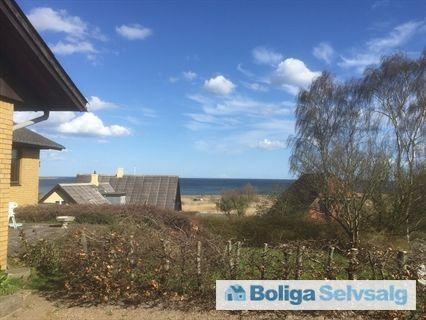 Højballevej 1, Snaptun, 7130 Juelsminde - Hus med Havudsigt. Tæt ved skov og strand #villa #juelsminde #selvsalg #boligsalg #boligdk