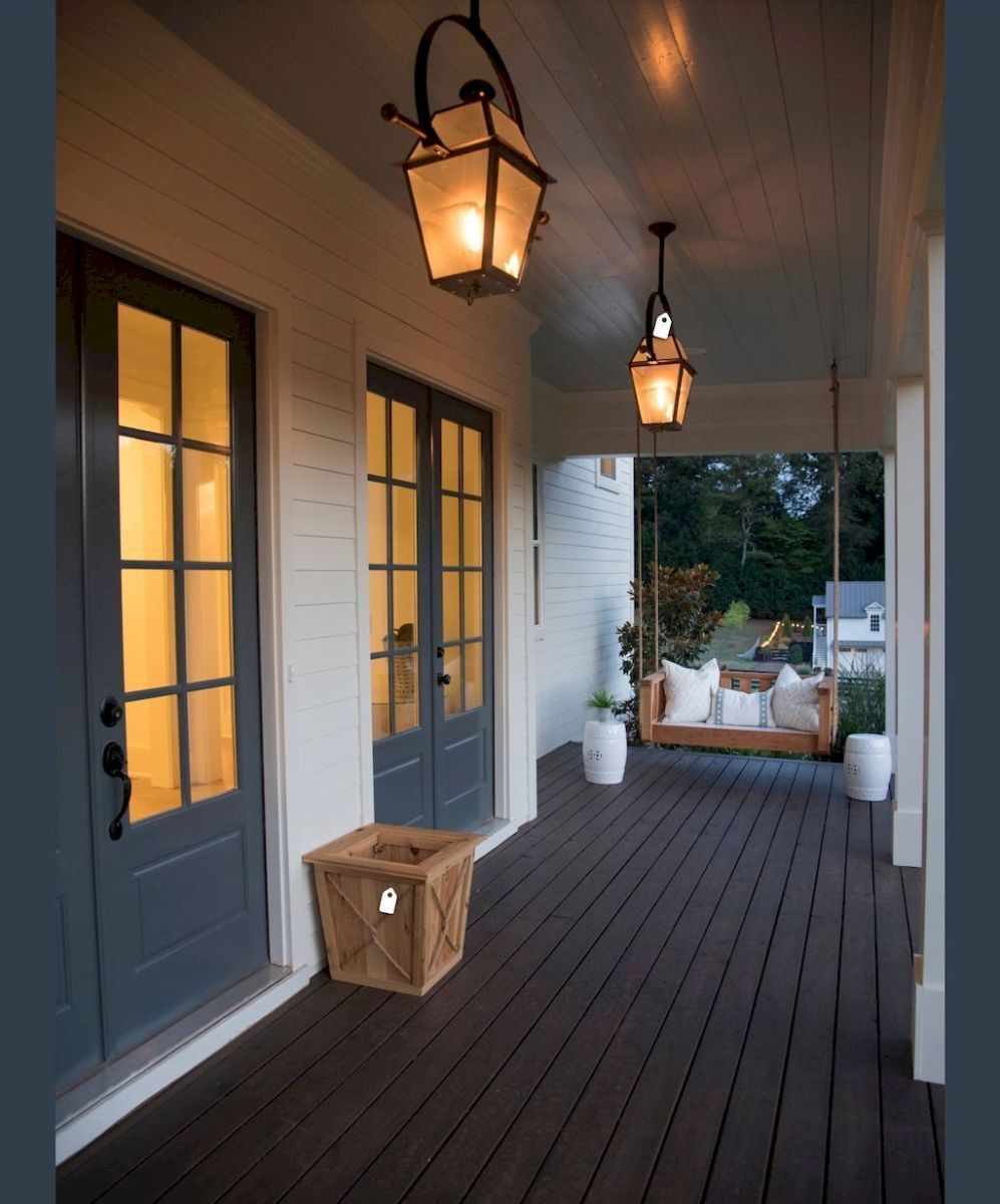 37 Beautiful Farmhouse Front Porch Decorating Ideas
