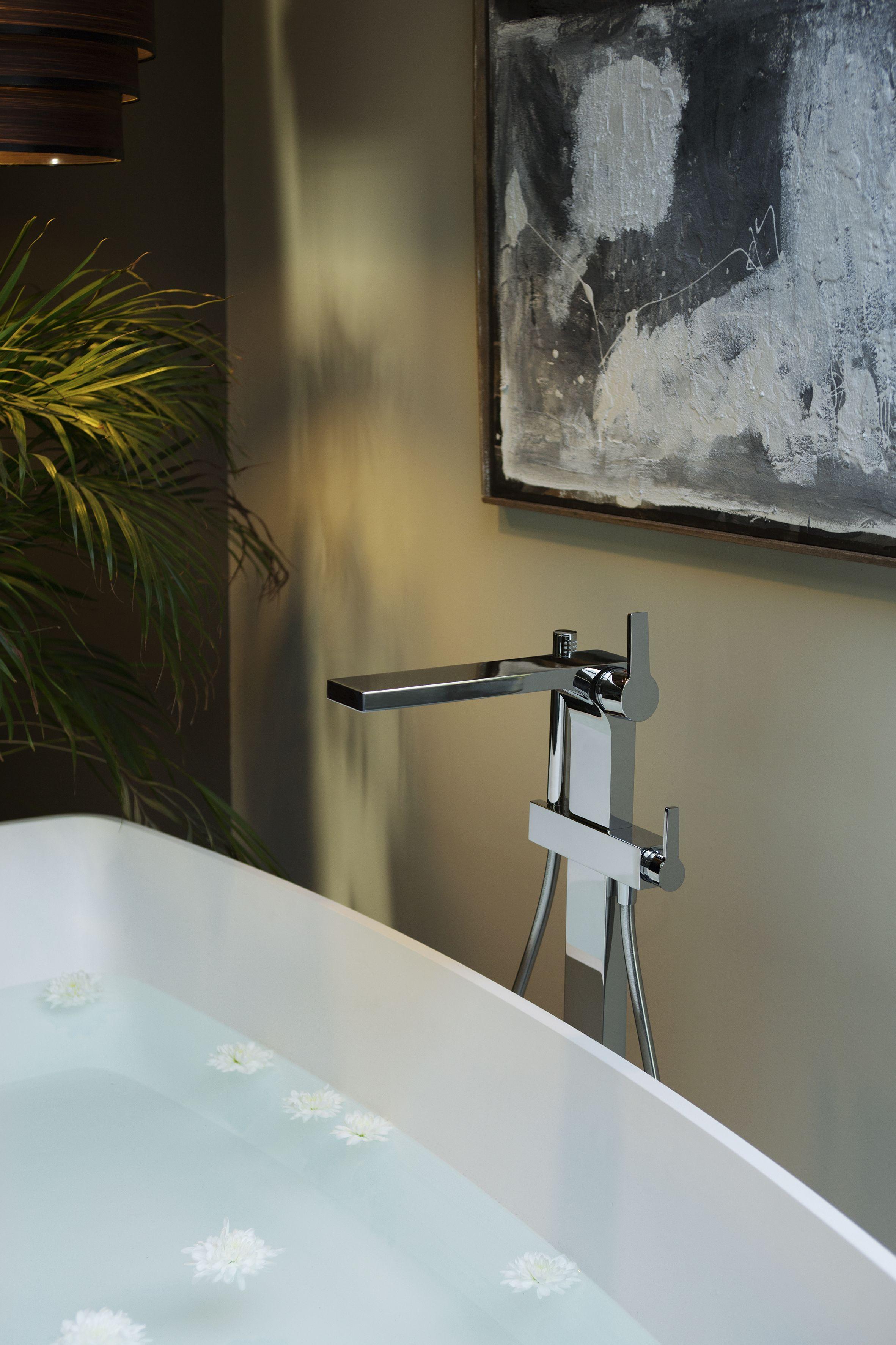 Keuco Edition 11 Armaturen Fittings Bathroomfurniture Architectur Design Badezimmer Wasserhahn Badezimmer Gunstig Spiegelschranke Furs Bad