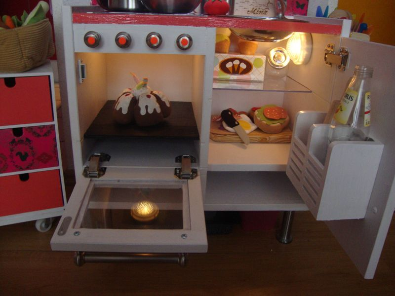 kinderk che kinderk che pinterest ikea play kitchen cubby houses and ikea hack. Black Bedroom Furniture Sets. Home Design Ideas