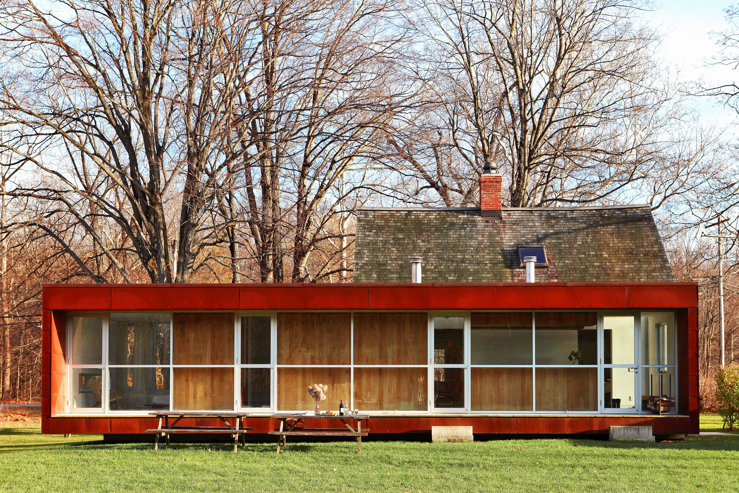 Messana O Rorke Architects Extends Colonial New York Homestead With Weathering Steel Annex Architect Weathering Steel Farmhouse