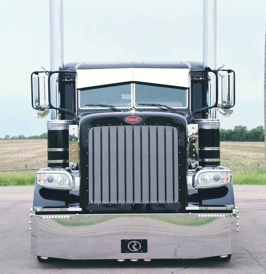Peterbilt 389 Cattle Hauler Peterbilt Trucks Big Trucks