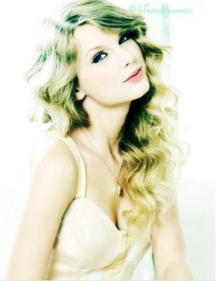 i edited so credit me if use :)   Hei  this is  Shake It Of Cover  with the totally different Version of Taylor Swift version