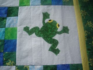 Loves to Quilt 2: Frog quilt