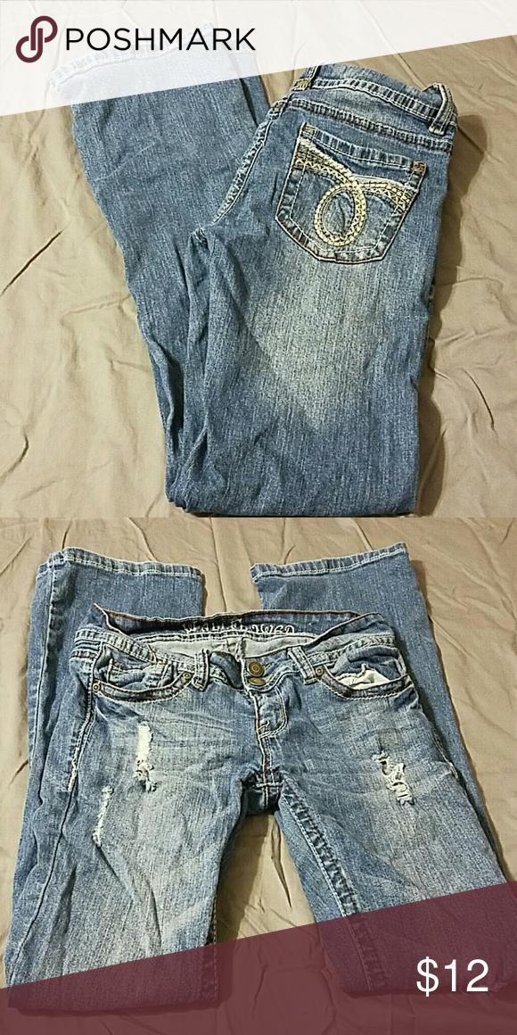 Distressed juniors jeans Distressed juniors jeans Wallflower Jeans Flare & Wide Leg