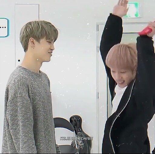 unmute this just can't get enough feeling of Jin @BTS_twt #방탄소년단 #BTS #김석진 #석진 #JIN