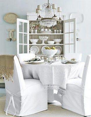 Une maison romantique Romantique, Manger et Salle