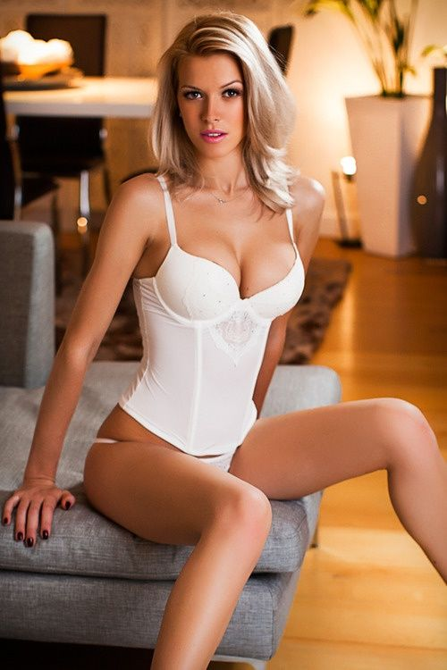 I want sexy boobs