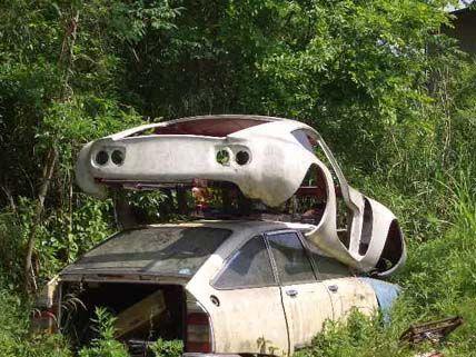 toyota 2000 gt abandoned voiture voitures abandonn es automobile. Black Bedroom Furniture Sets. Home Design Ideas
