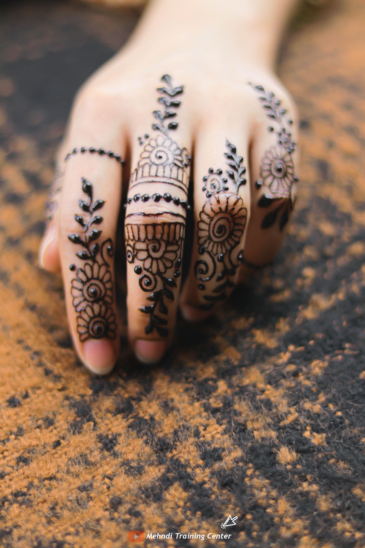 Fingers Mehndi Design For Eid 2020 2020 Stylish Finger Mehndi Design For Eid Maquillaje