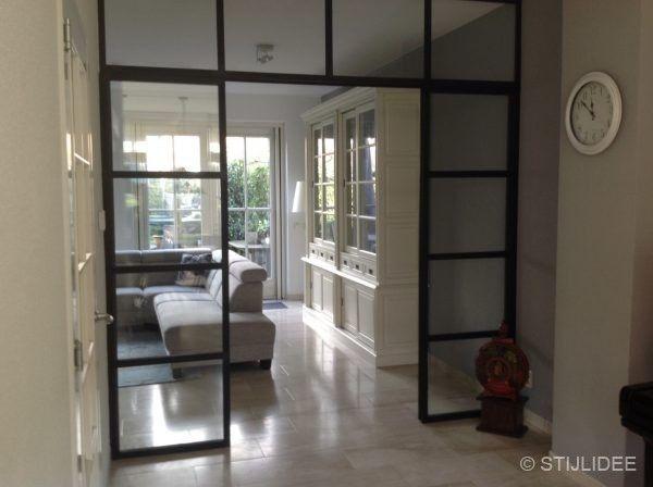 Binnenkijken in ... een woonkamer en keuken in modern landelijke ...