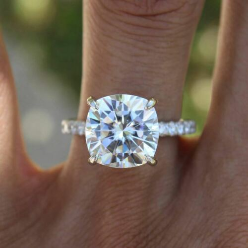 2.50Ct Oval Cut VVS1//D Diamond Solitaire Engagement Ring 14K White Gold Finish