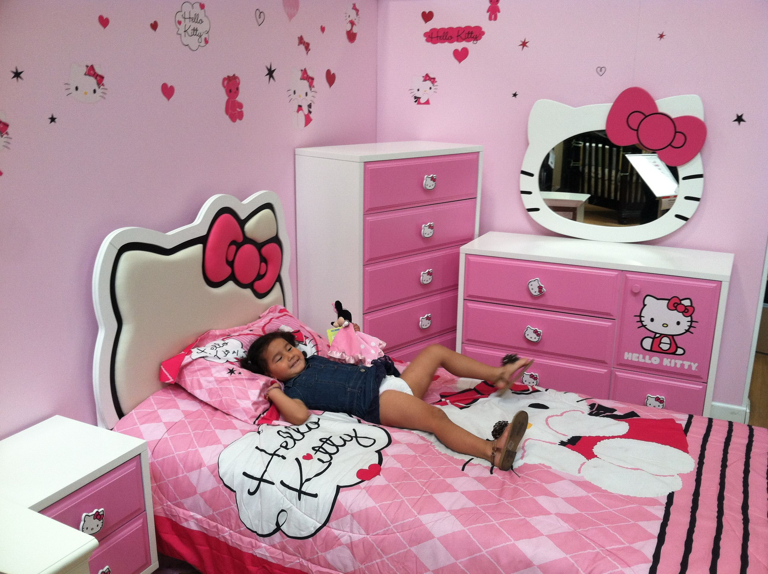 Hello Kitty bedroom (Allie laying like a boss) lol   Kids ...