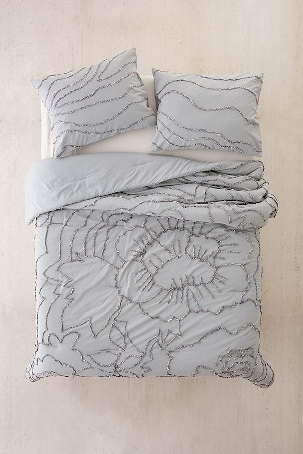 Margot Tufted Floral Comforter Apartment In 2019