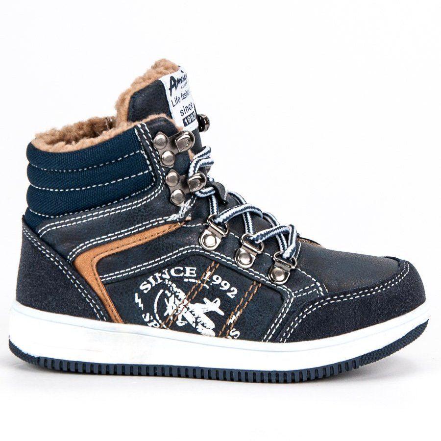 Ocieplane Kozuszkiem Sportowe Trampki Firmy American Club To Buty Dla Chlopca Ktorego Wszedzie Pelno Niebieska Kolorystyka I High Top Sneakers Shoes Sneakers