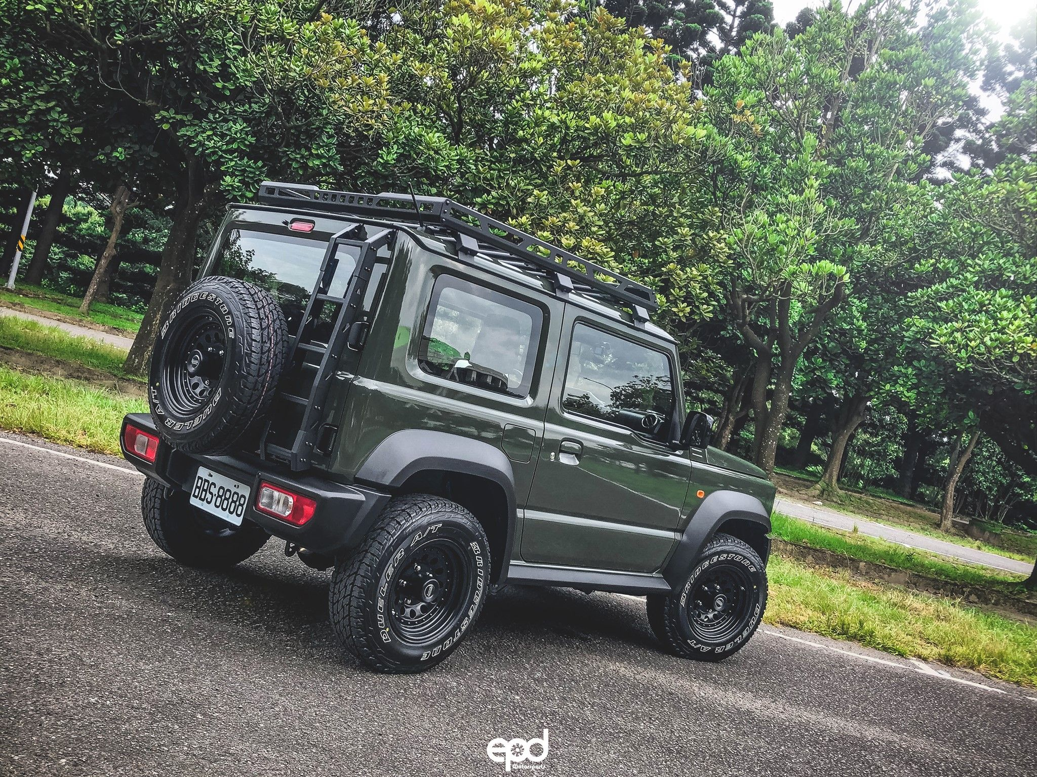 Baby G Jimny Sierra With Fi Exhaust Catback Posing For Spec R汽車性能情報 Pictures For More Product Information Email Inf Suzuki Jimny Jimny Sierra New Suzuki Jimny