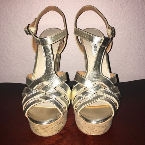 Steven Madden Wedges Champagne gold Steve Madden wedges worn one or twice in perfect condition. Steve Madden Shoes Wedges