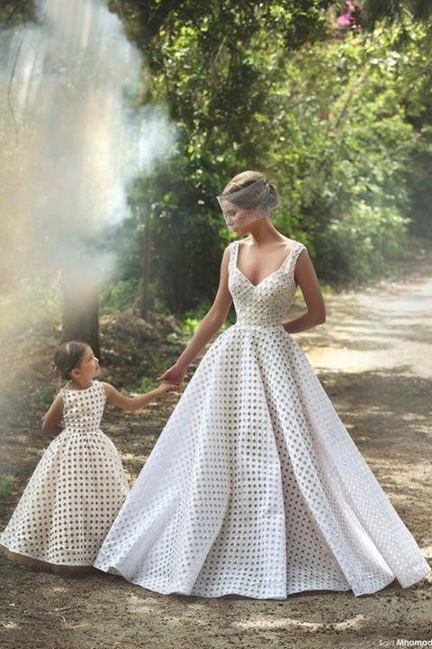 vestidos de novia y hija