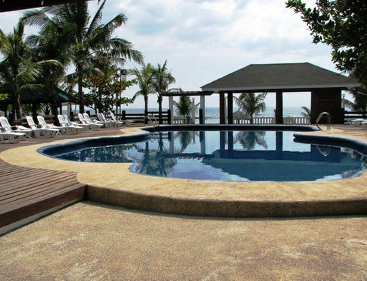 White Corals Beach Resort Bataan 2 White
