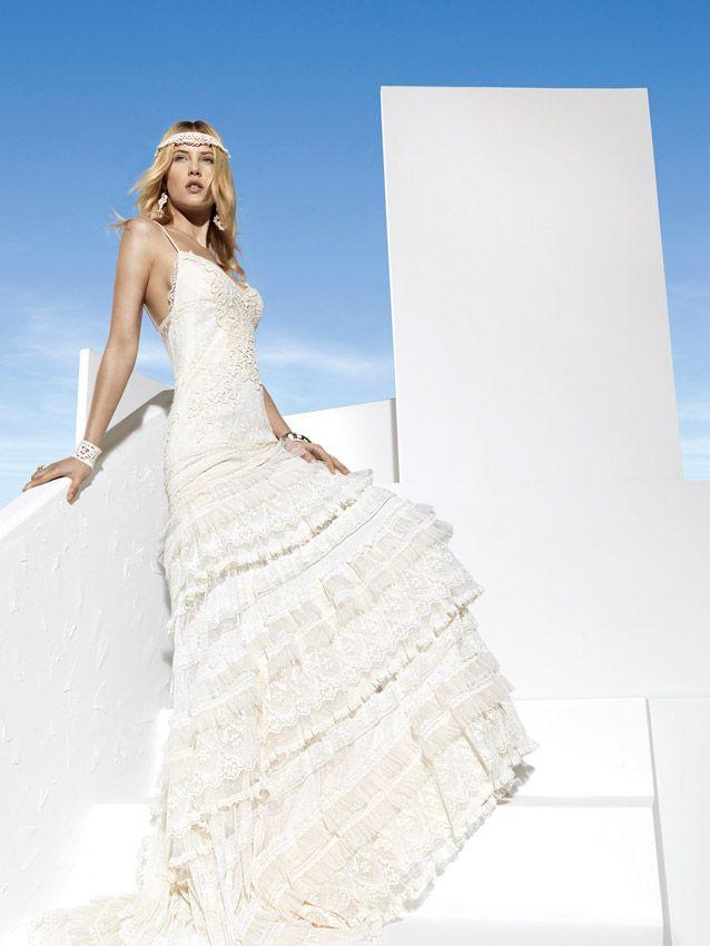 vestidode novia ibicenco para novias con un estilo hippie chic y