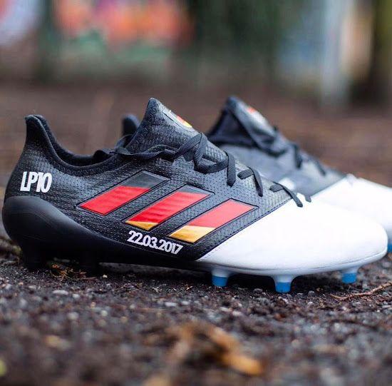 großer Rabatt unverwechselbares Design Bestbewertete Mode Bilder: Lukas Podolski erhält für allerletztes Deutschland ...