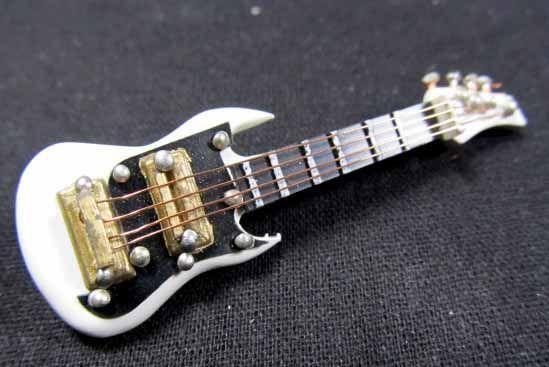 Gitarrenbrosche mit Box Gitarren Brosche Instrument von Miniblings