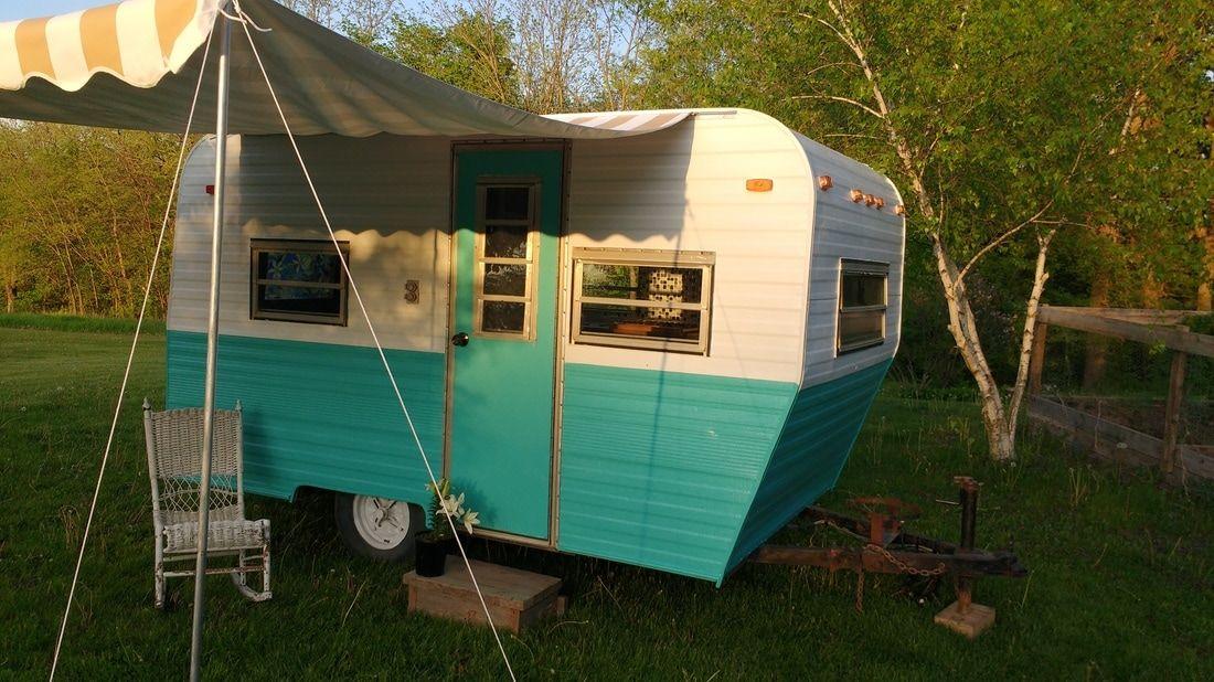 Vintage Camper Trailers For Sale 1975 Pilgrim 6800 Waverly Iowa 319 215 5414 Camper Trailer For Sale Vintage Camper Vintage Campers Trailers