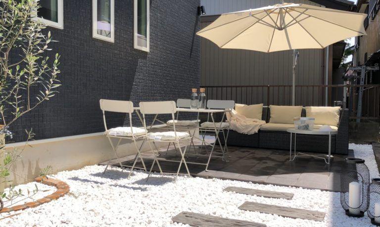 狭い庭のタイルデッキの施工費用はいくら 金額を公開します 狭い庭 屋外用家具 テラスのデザイン